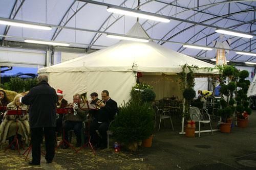 Weihnachtsmarkt Auf Englisch.Weihnachtsmarkt In Hereford Garten Zentrum Jurtenland Zelte Mit